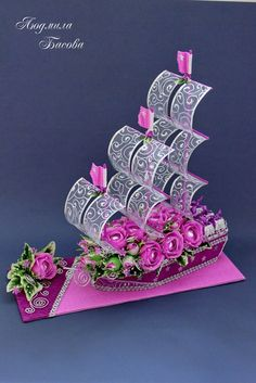 Букеты из конфет - Ассоциация свит-дизайнеров | VK Flower Crafts, Diy Flowers, Flower Art, Paper Flowers, Diy Bouquet, Candy Bouquet, Chocolate Flowers Bouquet, Diy And Crafts, Paper Crafts