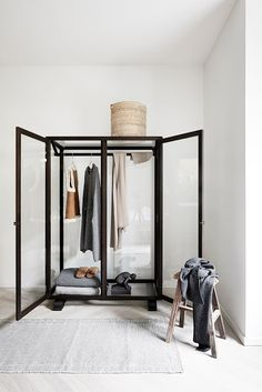 Glass Wardrobe-Layna's in the apartment Interior Architecture, Interior And Exterior, Glass Wardrobe, Bedroom Wardrobe, Wardrobe Closet, Closet Space, Work Wardrobe, Hanging Wardrobe, Wardrobe Doors
