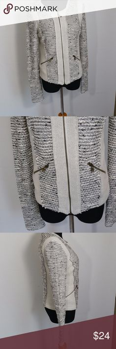 Drew Phillips Zip Up Jacket  Size XS Style: Women's Zip Up Jacket  Brand: Drew Phillips  Material: 62% Cotton 14% Viscose 18% Acrylic  Measurements: Length 21 Pit To Pit 18  Color: Multi  Size: XS Condition: Good Country of Manufacture: USA Drew Phillips Jackets & Coats