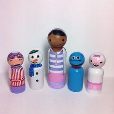 Doc McStuffins set of 5 PegBuddies Doc, Chilly, Stuffy, Lambie, Hallie doc mcstuffins peg dolls peg people