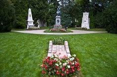 memorials and graves of the three famous classical composers Beethoven, Schubert and Mozart
