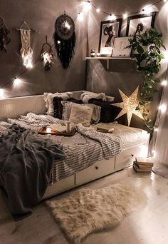 Home Interior Salas .Home Interior Salas Cute Bedroom Ideas, Cute Room Decor, Room Ideas Bedroom, Teen Room Decor, Small Room Bedroom, Wall Decor, Bedroom Inspo, Master Bedroom, Bedroom With Sofa
