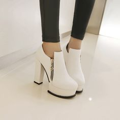 27.69$  Watch now - http://alip32.shopchina.info/go.php?t=32763288154 - Dower Me 2016 Autumn Winter Women Ankle Boots high heels zipper on leather double buckle platform short booties new black  #magazineonline