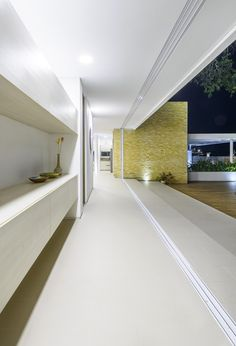 House of the Acacia by David Macias - MyHouseIdea Acacia, Villa, Wall Shelves, Contemporary Design, Sweet Home, Stairs, David, Windows, Interior Design