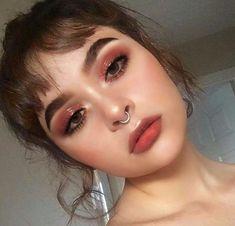 glowy makeup – Hair and beauty tips, tricks and tutorials Witchy Makeup, Red Eye Makeup, Pink Makeup, Cute Makeup, Girls Makeup, Pretty Makeup, Hair Makeup, Pastel Makeup, Red Lipstick Makeup