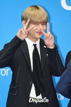 [PRESS] #Taehyung   171101 at LOVE MYSELF Campaign Press Conference #BTSLoveMyself ♡