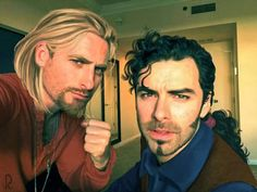 """Fíli and Kíli"" (Dean O'Gorman and Aidan Turner) cosplaying as Miguel and Tulio! :D"