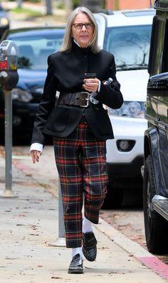 Diane Keaton Photos: Diane Keaton Runs Errands in Santa Monica