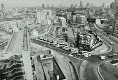 Elephant and Castle: rooftop view (from the corner of St George's Street) of Elephant and Castle, featuring London Road and Newington Causeway 1978 London History, Local History, Vintage London, Old London, Paris Skyline, New York Skyline, Elephant And Castle, London Architecture