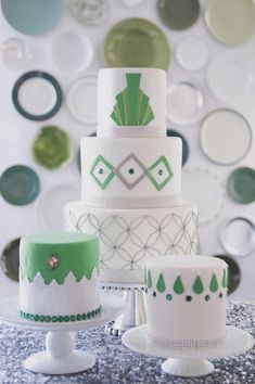 Art Deco wedding cakes // photo by Christa Elyce // cakes by Luxury Creations