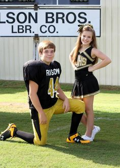 Sibling picture - football and cheer #kimkayekingphotography