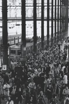 Gare du Nord Parijs 1971  Robert Doisneau