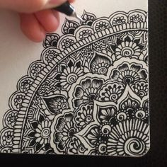 Doodling is so relaxing and rewarding✍ #myart #art #pattern #drawing #artwork #timelapse #video #zentangle #zendoodle #mandala #mandalaart…