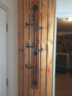 Easy DIY Pipe Shelves Ideas on a Budget 2 Could be a coat rack. Diy Pipe Shelves, Industrial Pipe Shelves, Industrial Furniture, Galvanized Pipe Shelves, Industrial Table, Industrial Coat Rack, Vintage Industrial, Wood Furniture, Black Pipe Shelving