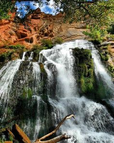 Looking for the best waterfall hikes in Arizona? Check out our 2018 guide with more than 20 can't-miss waterfalls all over the Copper State. Tucson Hiking, Arizona Waterfalls, Grand Canyon, Waterfall Hikes, Arizona Travel, Best Hikes, Travel Destinations, Nature Photography, Beautiful Places