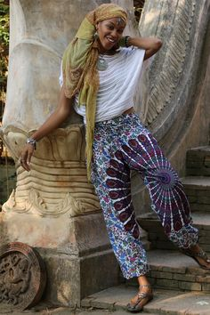 Bring on the yoga flow with these awesome designed 2019 Top Selling Ladies Loose & Comfy Thai Harem Yoga Pants they are Super soft and lightweight Fashion Pants, Boho Fashion, Blue Chakra, Yoga Pants, Harem Pants, Beatnik Style, One Piece Swimwear, Festival Fashion, Casual Pants