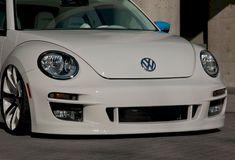 Bilderesultat for volkswagen new beetle cabriolet STYLING Volkswagen New Beetle, Volkswagen Models, Volkswagen Golf, Beetle Tuning, Combi Split, Auto Parts Online, Jdm Parts, Vw Fox, Jetta Mk5