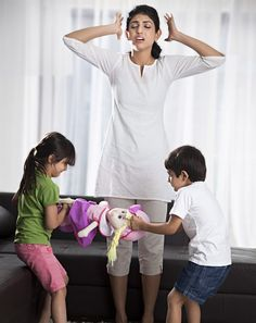 Kids learn to resolve sibling rivalry, parents win - http://newspie.in/en/1976-kids-learn-resolve-sibling-rivalry-parents-win/