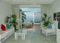 Suite overlooking Manzanillo coast #travel