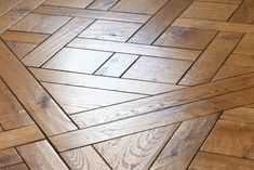 Our floors have beauty and character, borne out through the detail, as well as modern functionality that lasts with technical solutions. Reclaimed Oak Flooring, Wood Design, Solid Oak, Craftsman, Tile Floor, Hardwood Floors, Detail, Antiques, Modern