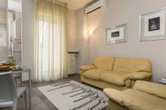 Vodice Halldis Apartment Milan Situated 1.3 km from Fiera Milano City in Milan, this apartment features free WiFi. Vodice Halldis Apartment features views of the city and is 1.4 km from San Siro Stadium.