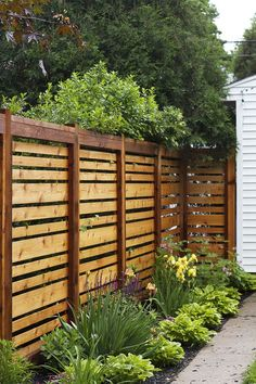 15 simple stained horizontal wooden fence will match any backyard decor - DigsDigs
