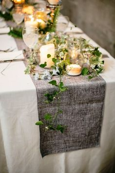 stunning-greenery-wedding-table-runners-1 - Weddingomania