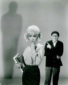 Jerry Lewis as the title character in the 1963 comedy, The Nutty Professor. Also pictured: Stella Stevens. Old Hollywood Movies, Hollywood Actor, Golden Age Of Hollywood, Vintage Hollywood, Hollywood Stars, Classic Hollywood, Jerry Lewis, Old Movie Stars, Classic Movie Stars