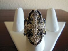 Scott Kay Ring Sterling Silver Fashion Ring with Black Sapphire and Diamonds.