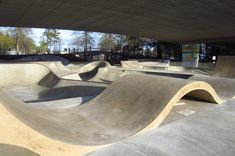Washington / Jefferson Skatepark and Urban Plaza Bmx Ramps, Skateboard Ramps, Landscape Architecture, Landscape Design, Skate Ramp, Longboard Design, Public Space Design, Parking Design, Urban Furniture