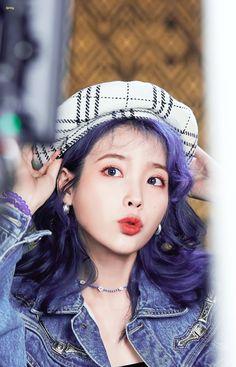 Korean Shows, Korean Babies, Cute Korean Girl, Yellow Fashion, Just Girl Things, Beret, Korean Singer, Style Icons, Cute Girls