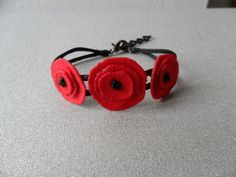 Scorched Felt Poppy Bracelet #howto #tutorial