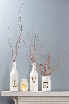 Lovely Vinyl Lettering as a stencil makes these unique glass bottle décor.  The post  Vinyl Lettering as a stencil makes these unique glass bottle décor….  appeared first on  99 Decor .