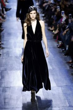 226 Best Christian Dior images in 2019  52dc0a6477284