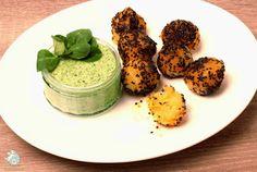 vegane Karotten-Kartoffelbällchen mit Feldsalatdip: http://amorundkartoffelsack.blogspot.de/2015/02/karotten-kartoffelballchen-mit.html