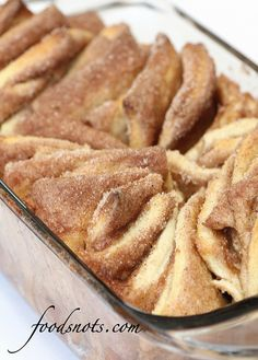 Cinnamon and Sugar Pull-Apart Bread    http://www.foodsnots.com/2012/03/cinnamon-and-sugar-pull-apart-bread.html#