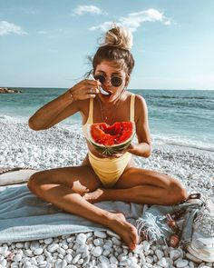 Summer loving Endless summer Summer fashion Summer vibes Summer pictures Summer photos Summer outfits March 31 2020 at Summer Vibes, Shotting Photo, Mode Boho, Summer Goals, Style Summer, Trendy Swimwear, Summer Aesthetic, Travel Aesthetic, Summer Photos