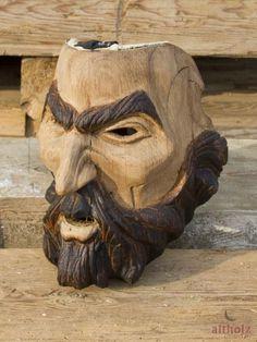 Geschnitzt aus alter Eiche » Altholz - Aus Freude am Original