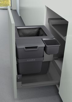 The average waste bin is opened 32 times a day. That sounded like a lot to us – so we developed a waste system that will not cause you hassle every single time you need to use it. Kitchen Room Design, Interior Design Kitchen, Kitchen Decor, Kitchen Furniture, Furniture Design, Home Storage Solutions, Diy Kitchen Storage, Small House Design, Kitchenette