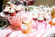 10 Fun Baby Shower Ideas and Activities For A Great Time Baby Shower Fun, Shower Party, Baby Shower Parties, Fun Baby, Shower Time, Decadent Food, Outdoor Baby, Baby Shower Activities, Elephant Baby Showers