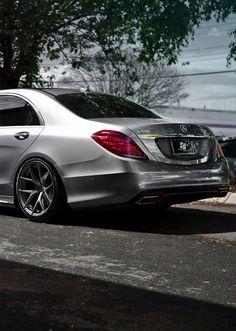 Mercedes S-class 550