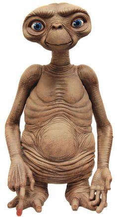 FIGURA NECA E.T TAMAÑO REAL (FOAM) 91 CM. Réplica del muñeco de E.T. de la película ´E.T., el extraterrestre´, tamaño aprox. 91 cm. Edición limitada.