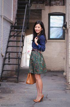 ExtraPetite.com - Tutorial: Easy DIY Elastic Waist A-Line Skirt w/ Pockets