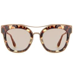 141074955ffdf3 Bottega Veneta - Cat-eye sunglasses - Get your statement on in these  oversized cat