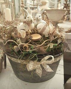 A woodland looking Easter rabbit centerpiece Easter Projects, Easter Crafts, Easter Decor, Easter Ideas, Easter Tree, Easter Wreaths, Spring Tree, Spring Bulbs, Easter Holidays