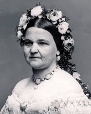 Former first lady Mary Todd Lincoln was thought to have schizophrenia and/or bipolar disorder. Died at 64 Mary Todd Lincoln, Abraham Lincoln, Famous Nurses, People With Schizophrenia, History Of Nursing, Behind Every Great Man, List Of Famous People, American First Ladies, Celebrity List