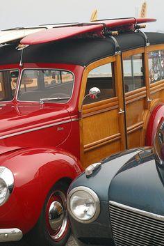 Woody w/Surf Board Us Cars, Sport Cars, My Dream Car, Dream Cars, Vintage Cars, Antique Cars, Vintage Auto, Retro Cars, Vintage Items