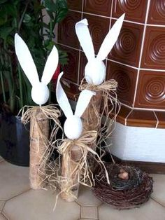 easter decorations 378724649916119130 - 42 Stunning Easter Decorations Ideas 36 Source by elisabethbollig Happy Easter, Easter Bunny, Easter Eggs, Felt Bunny, Easter Projects, Easter Crafts, Easter Ideas, Spring Decoration, Easter Parade