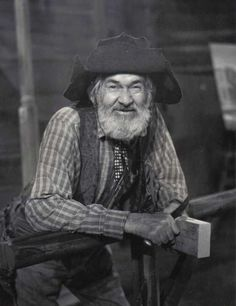 """George """"Gabby"""" Hayes was an American radio, film, and television actor. He was best known for his numerous appearances in Western films as the colorful sidekick to the leading man. Wikipedia Born: May 7, 1885, Stannards, New York, Egyesült Államok Died: February 9, 1969, Burbank, California, Egyesült Államok Spouse: Olive E. Ireland (m. 1914–1957) TV shows: The Gabby Hayes Show Parents: Clark Hayes, Elizabeth Morrison"""