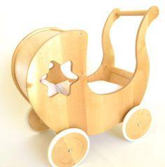 Puppenwagen EAGLE Lauflernhilfe Lauflernwagen MIT BETTWÄSCHE von miniKids, http://www.amazon.de/dp/B004D35456/ref=cm_sw_r_pi_dp_vdSktb0BGEEW0 90,-